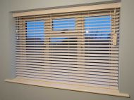 wood venetian blinds13