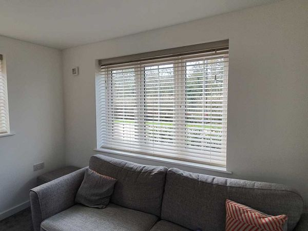 wood venetian blinds15