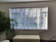 wood venetian blinds20
