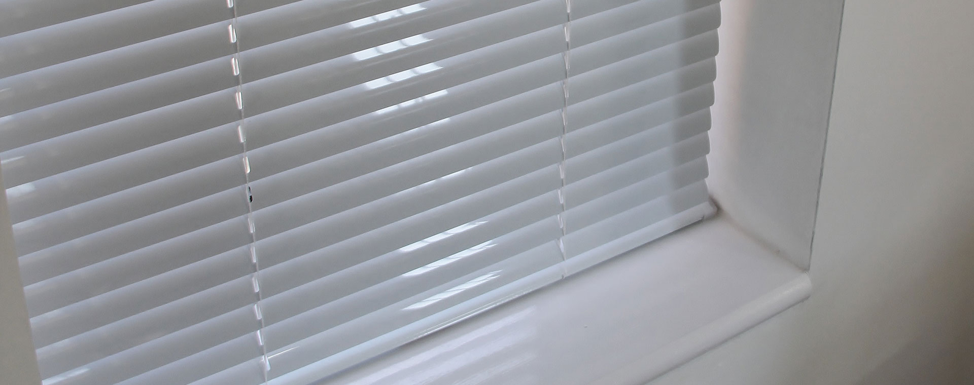 Aluminium Blinds Slide 2